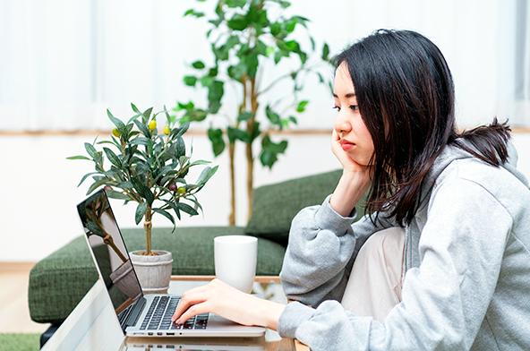 1日中身体を動かさないと悪影響も? 自宅での作業による座りっぱなし&運動不足を防ぐためには