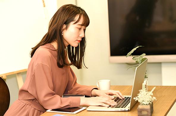 集中力を持続させるためには? リモートワーク・自宅作業中に活かせる5つの方法