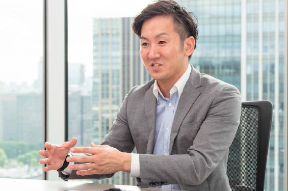 株式会社アース・カー 営業部 渡辺 修平